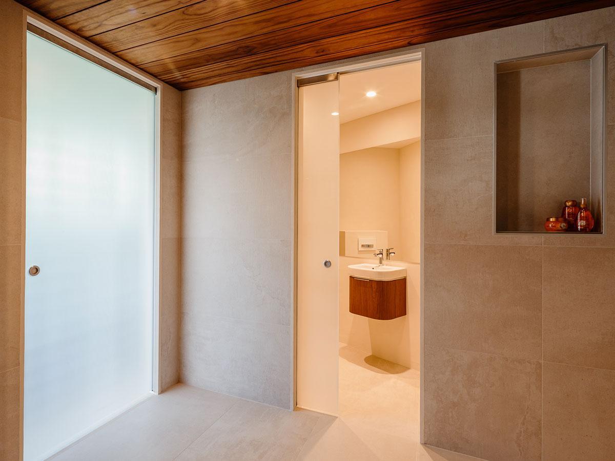 Eclisse-liukuovet vapauttavat tilaa hyötykäyttöön kylpyhuoneessa